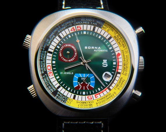 """Sorna asymmetric unisex diving watch 