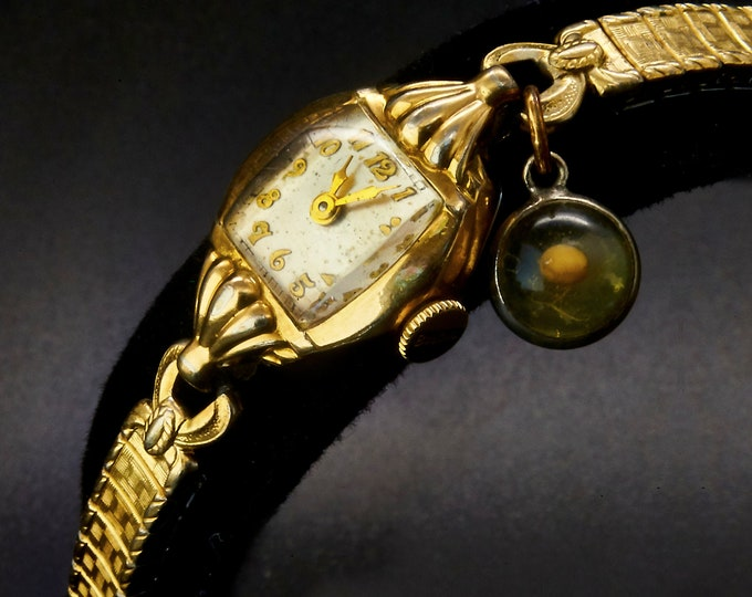 """Dainty! 1951 """"Caprice"""" 10k Yellow Gold Plated Marquise Cocktail Bracelet Watch / Mid Century Modern / Women's Heirloom Estate Jewelry"""