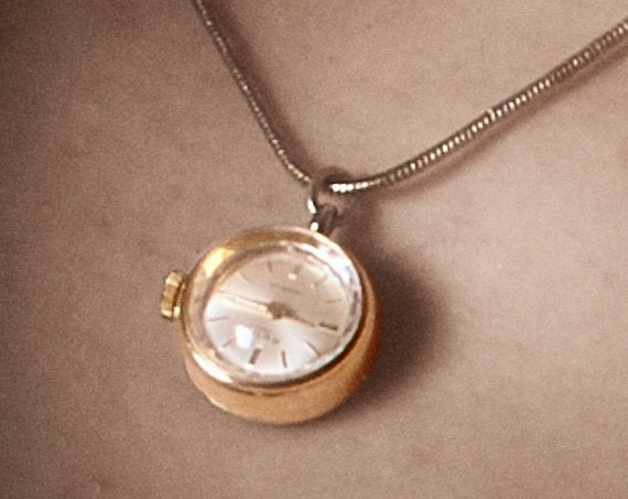 ULTRA DAINTY Pendant Charm Watch | 1960s Women's Antique Necklace Watch | Dainty Charm Watch | Vintage Charm Gift for Wife