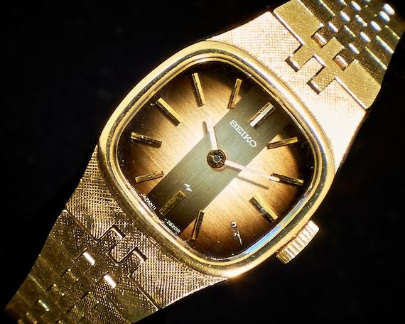 1970s Seiko Ladies Vintage Watch | Hand Carved Case + Brownburst Dial | Womens Watch | Gold Watch | Cosplay Watch