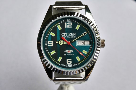 FLASHY Men's/Unisex MODDED 70s Citizen Watch - GREEN, Blingy, Bold, Heavy...Awesome - Vintage Self-winding day/date - serviced w/ warranty