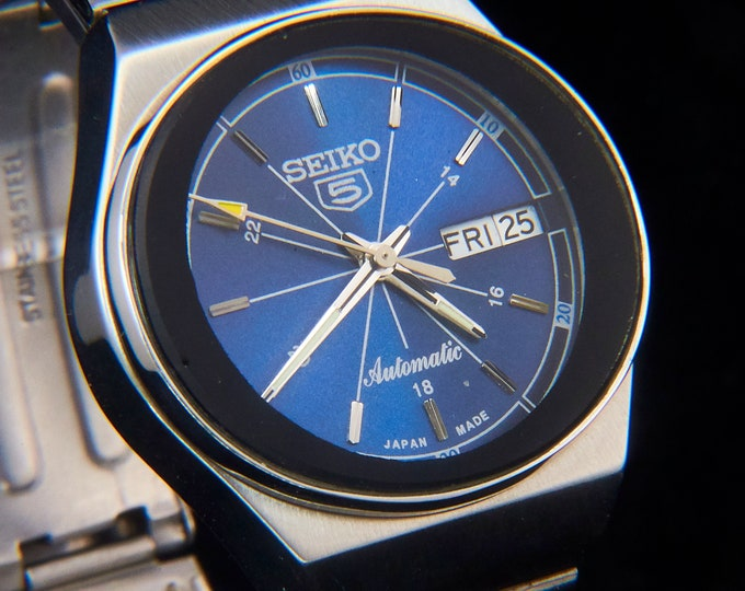 Big 1980s Seiko 5 Automatic Watch - Edgy Japanese Aesthetic - Custom MODDED Blue Metallic Dial - Vintage Rebirth