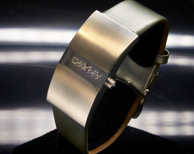 Vintage 90s DKNY Silver Bling Designer Watch • Stainless Steel and Silver Leather • Mod 90s Aesthetic