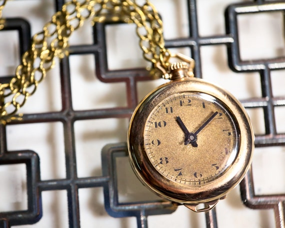 Antique Edwardian Pendant Watch by Hafis, Switzerland | Art Deco Gold Necklace Watch