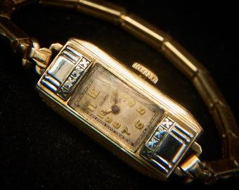 1930s Dainty Art Deco Cocktail Watch   Small Tween/Teen Size   1935 Galmor Ladies Watch   Antique Gold Bracelet Watch   READ DESCRIPTION!