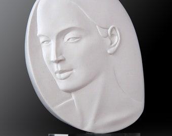 1_Daphne. Handmade cast alabaster.