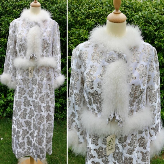 50s dressing gown, vintage neglige, white robe, vi