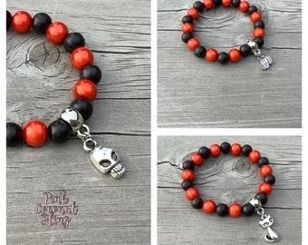 Black Wood Halloween kid's bracelets | Party favour bracelets |  Beaded kid's jewellery | Pumpkin bracelet