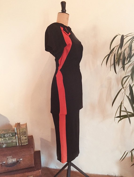 Stunning 1940s backless black and red crepe cockta