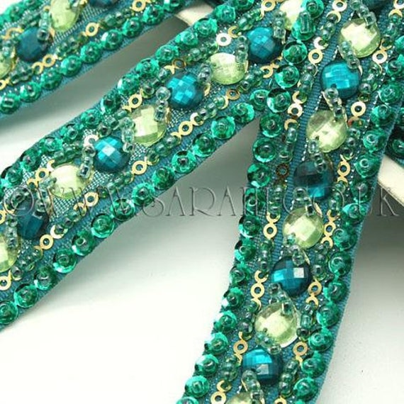 Coupe bordure, perlé de strass vert couture, costume, perles, sequin bordure, pierres, perles, costume, mode, artisanat, couture, décoration, décoration 57d368