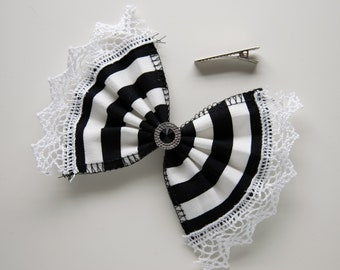 Hair clip bow B&W striped white lace with black stone