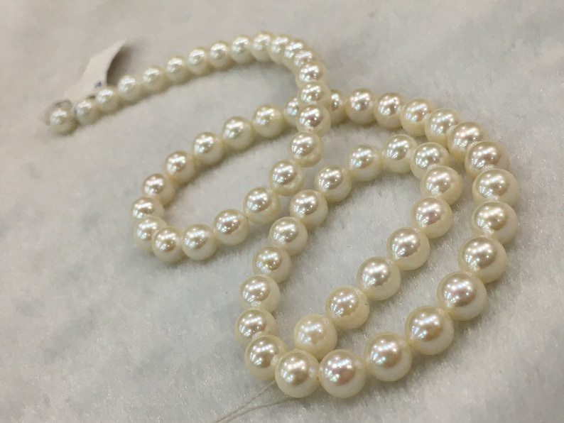 6.5-7 MM Japan Cultured Round Shape White Color Pearl String