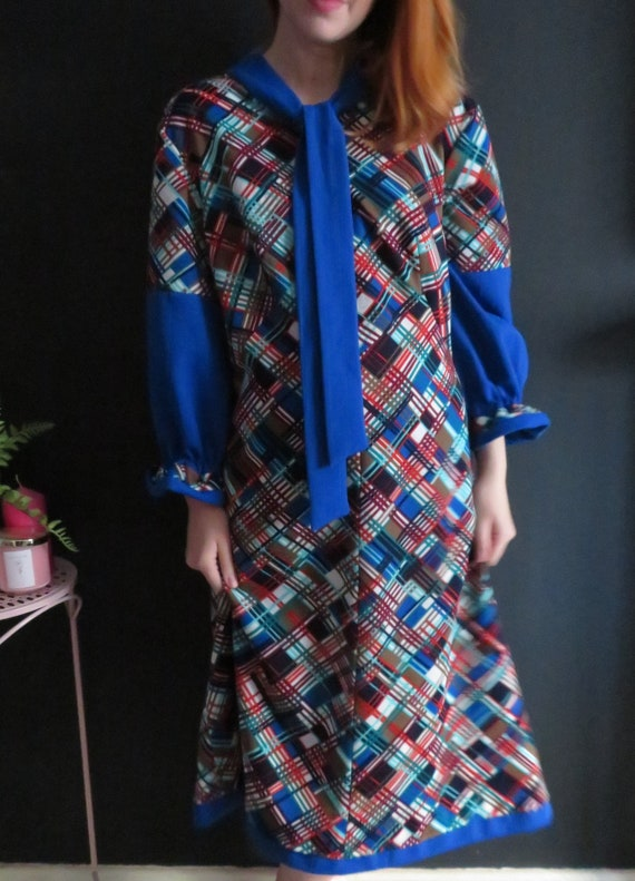 Vintage 1960's Smock Dress Blue Red Check 16