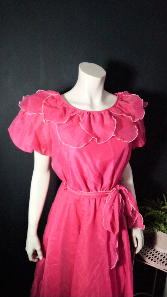 Vintage 1980's Pink Ruffle Party Dress Small 10 Ev