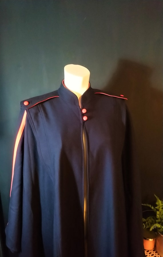 Vintage 1960's Mansfield Pure Wool Military Cape C