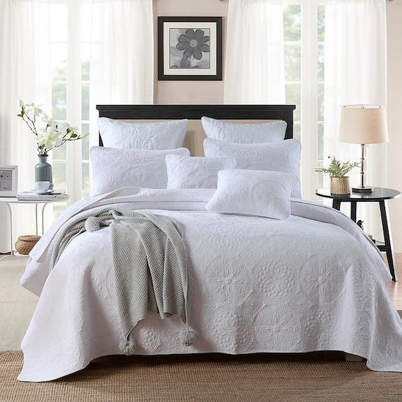 Luxury 100 Cotton Coverlet Bedspread, White Super King Size Bedding Set