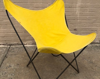 Merveilleux Early 1950s Butterfly Chair