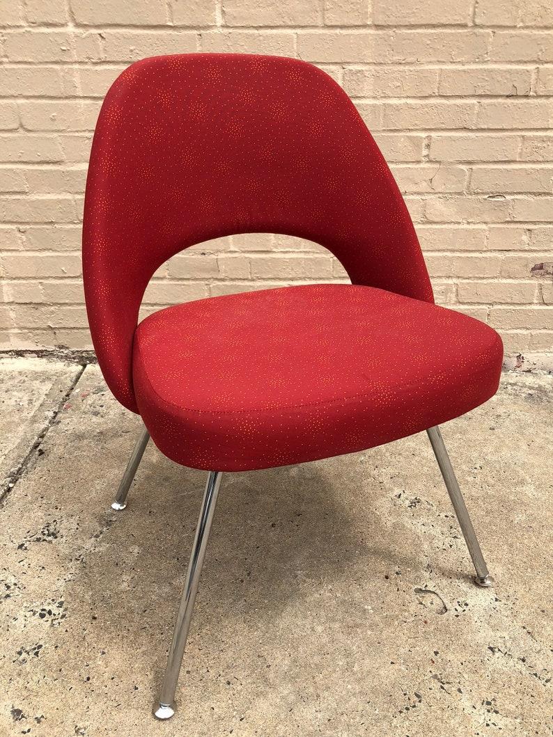 Saarinen Executive Armless Chair For Knoll