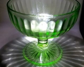 cd842cca38fa Vintage Green Uranium Depression Glass