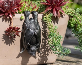 Bat Pot Buddy Pot Hanger - Bronze Coloured Bat Pot Hanger - Gift Boxed Pot Buddies. Bat Ornament Garden and Home