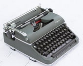 SMALL caps font NEW PLATEN Olympia Typewriter SM3 - cleaned and restored (double gothic font)