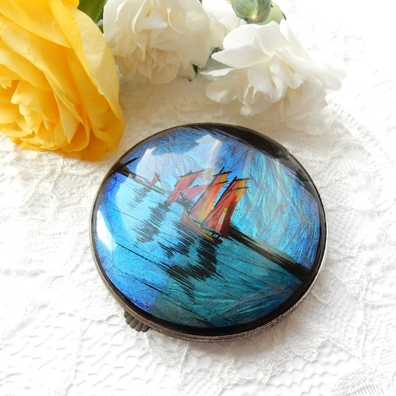 Vintage Gwenda Butterfly Wing Mirror Compact Saili
