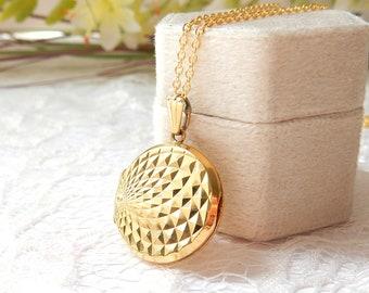 Vintage Rolled Gold Circle Locket Necklace Photo Locket