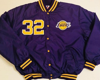 30974f55b Los Angeles Lakers Magic Johnson  32 Vintage Purple And Gold Bomber Satin  Jacket