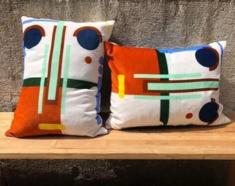 Visage Pillow