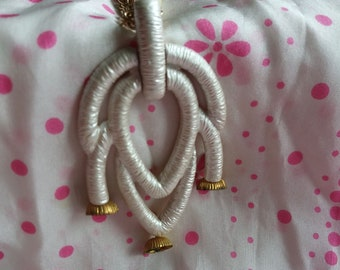 Vintage Pendant Necklace with Gold and Pearl Accents
