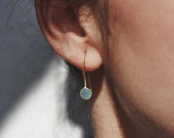 Memory Wire Hoops Labradorite /& Glass Beaded Earrings Light Blue Teardrops Silver-Plated Stainless Steel Army Green Chalcedony