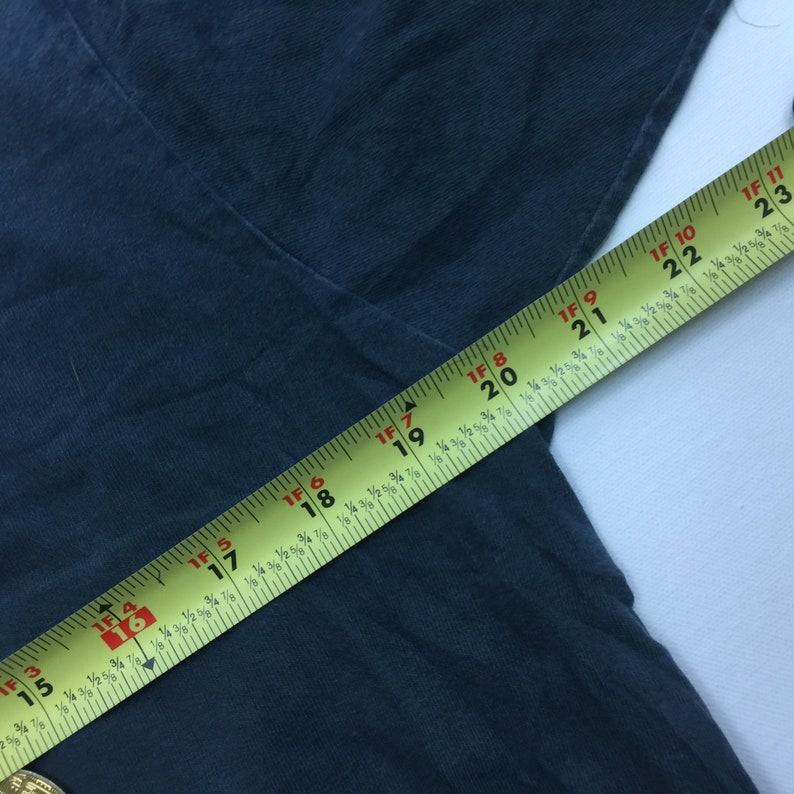 49c5faa9c1160 VTG Nike Team Sport Swoosh Logo Faded Black T-Shirt Adult Size Small  Measured