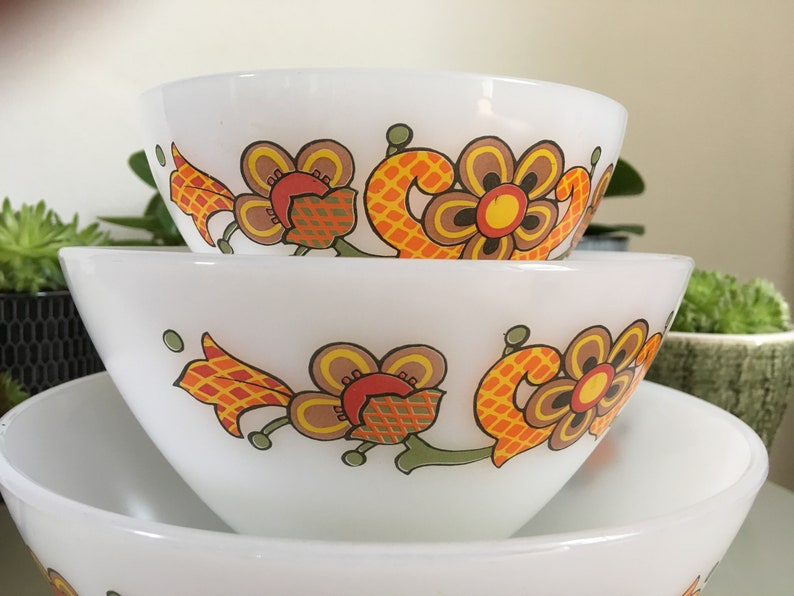 3 nesting bowls 1960 Mid century Floral Design JENA GLASS Perfect condition