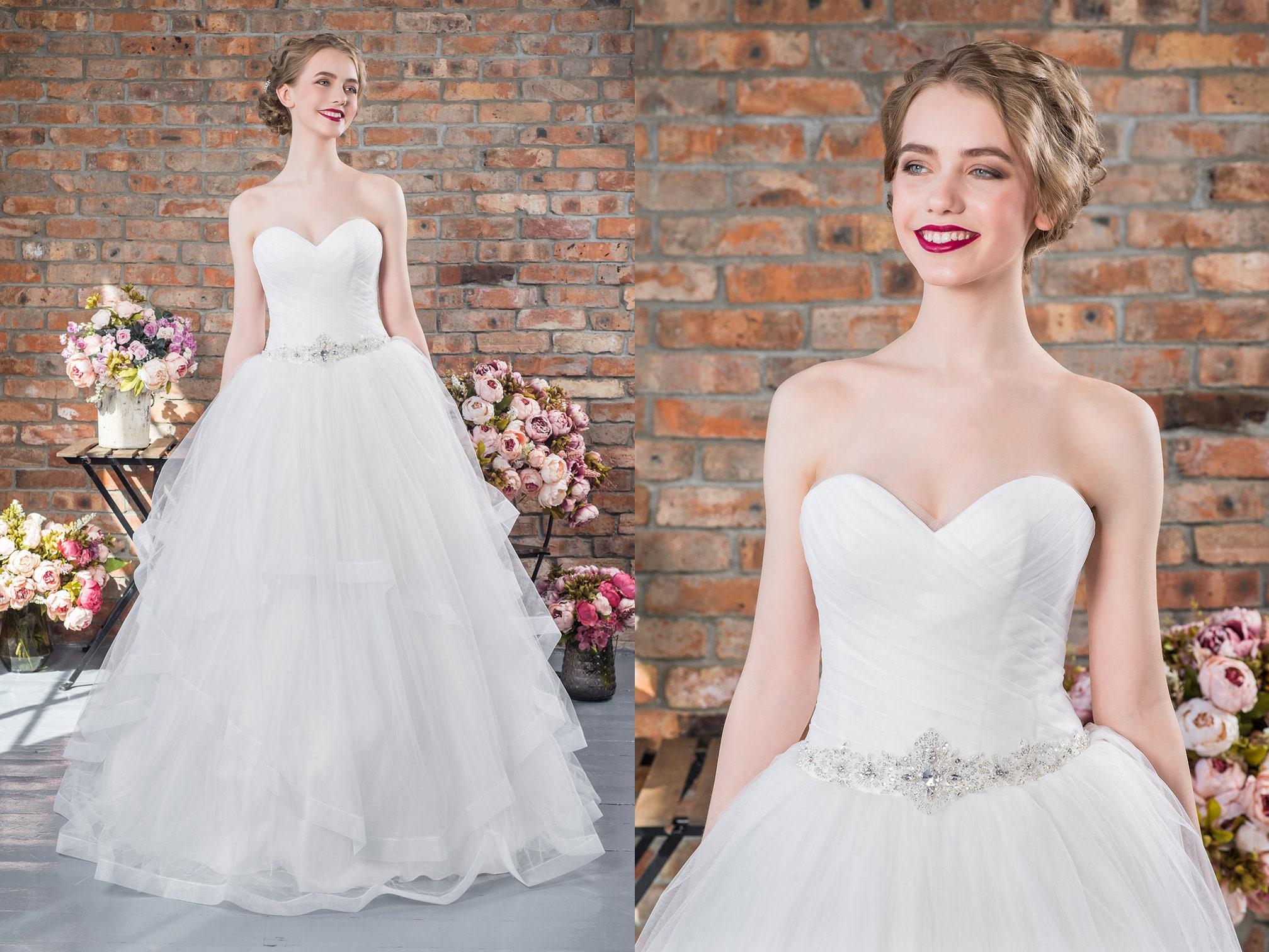 Ruffle Ball Gown Wedding Dress: Strapless Ball Gown Boho Wedding Dress Chiffon Ruffled