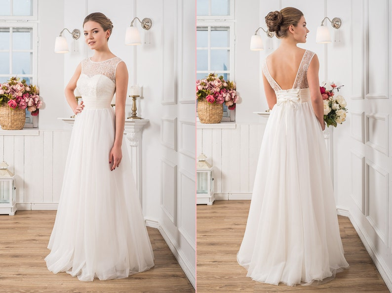 Boho Wedding Dress Bohemian Wedding Gown Lace Top Custom Wedding Dresses Guest Dress Simple Dress Backless Bridal Dress Beach Wedding Dress