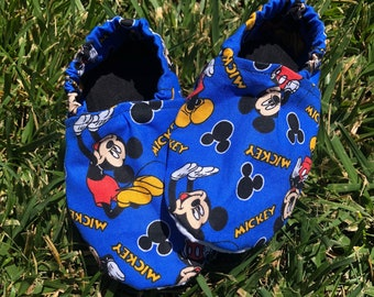 Mickey Mouse Baby booties! Baby boy booties! Disney booties! Kids slippers! Washable! 887816171755