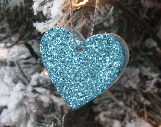 Turquoise hearts Christmas tree hanging decorations. Pack of 5, small. Turquoise Sparkle.
