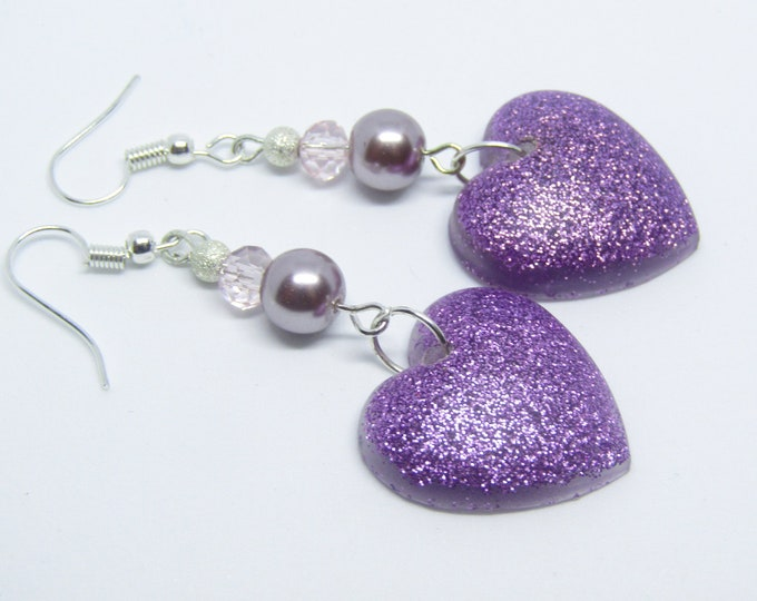 Pretty heart dangle earrings. Lilac drop earrings.