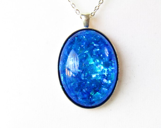 Blue and green iridescent Sparkle pendant necklace. One-of-a-kind necklace. Pretty gift for her.
