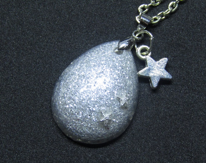 White and Silver Sparkle Teardrop Pendant Necklace. With a Silver Star Charm