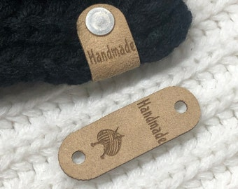 """CLEARANCE - 10 Labels foldable XtraSuede with silver screw - standard model """"Handmade"""" colour XS-4 size 0,675""""x2"""" thickness ≃1 mm"""