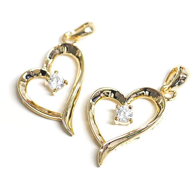 Open Heart Shape Pendant  Charm  Gold Plated Brass  2pcs  1-db0012