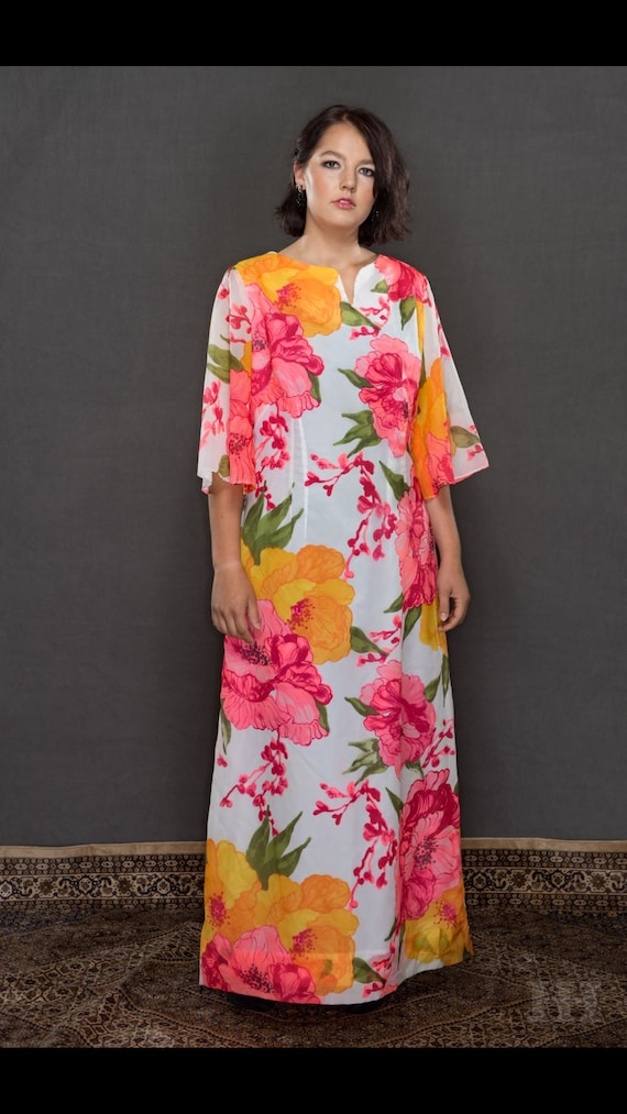 Vibrant Alice of California Maxi dress