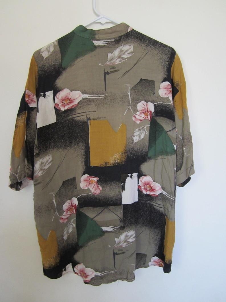 Vintage Mock Neck Floral Short Sleeve Button Down Hawaiian Top