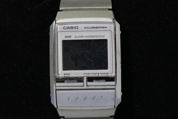 Casio rétro éclairage LCD des années 1990 montre très RARE  ie27t