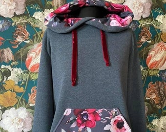Gift for girls Christmas present Matching sweaters with peony White jumpers Flower sweatshirt set for mother and daughter Pink tops