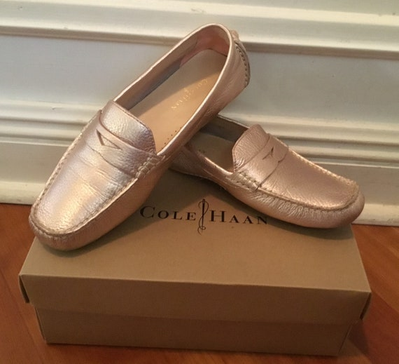 1eeaa53daee Cole Haan Trillby Driver Loafer 6.5 Rose Gold Metal