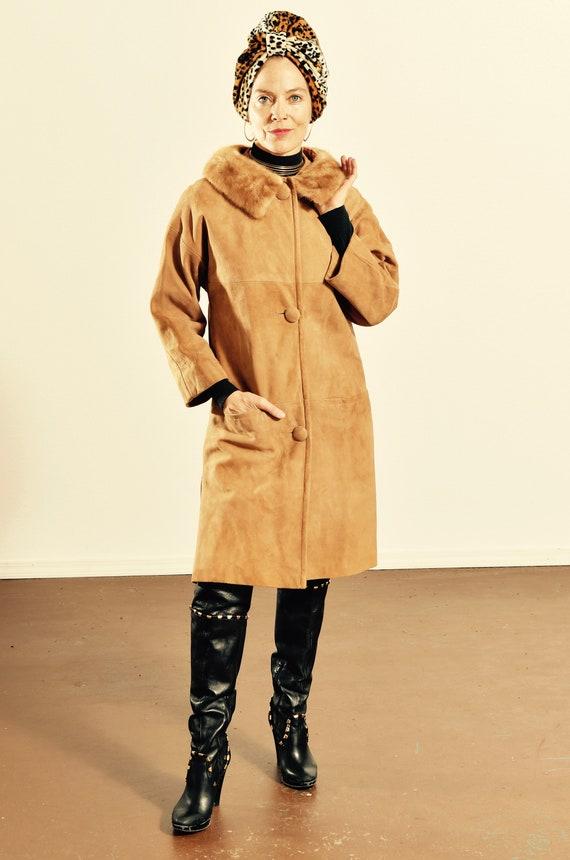 60's Suede Coat with Fur Collar/ Mod Suede Coat/ V