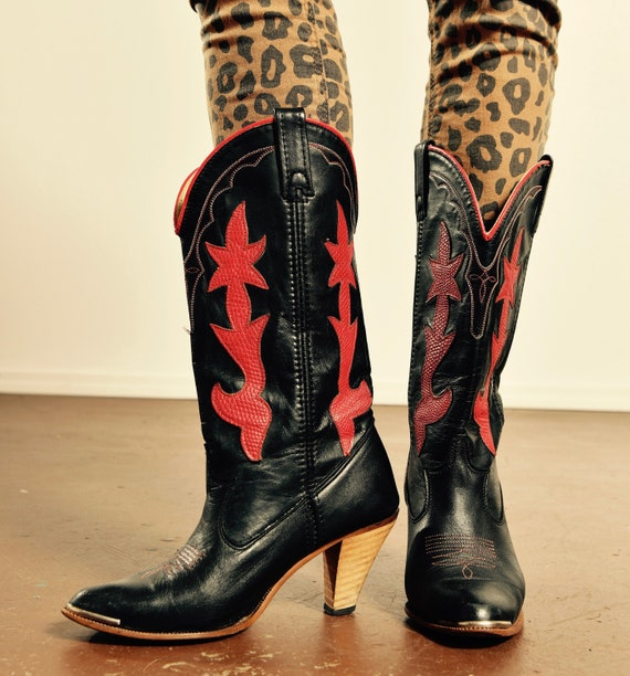 Vintage DINGO Cowboy Boots/ 70's Dingo Cowboy Boot