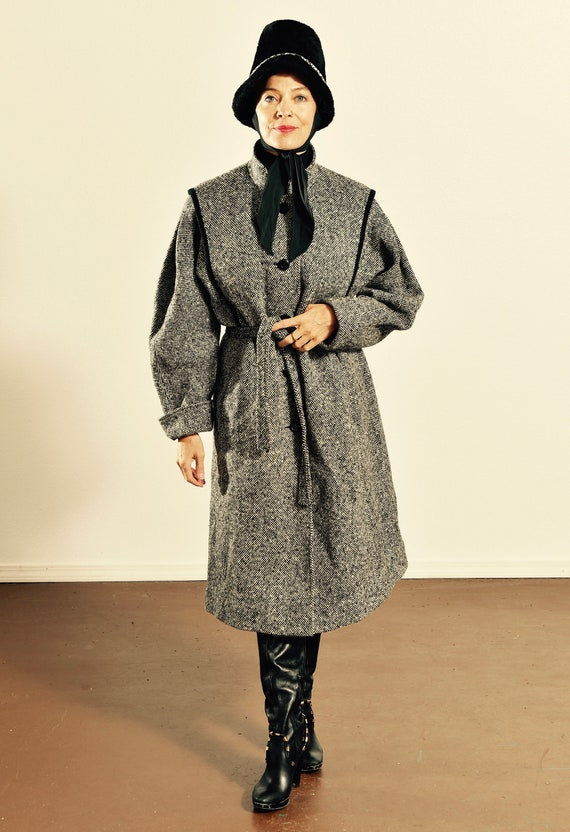 Alorna Tweed Coat/ Vintage Tweed Coat/ Sherlock Ho